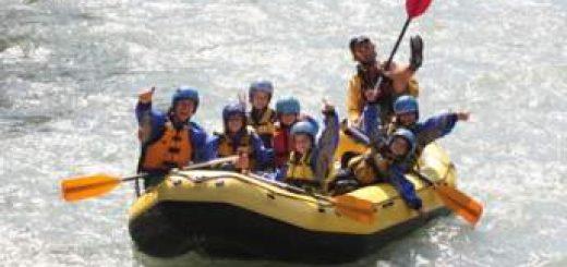 discesa-rafting-per-famiglie-in-Val-di-Sole-Trentino
